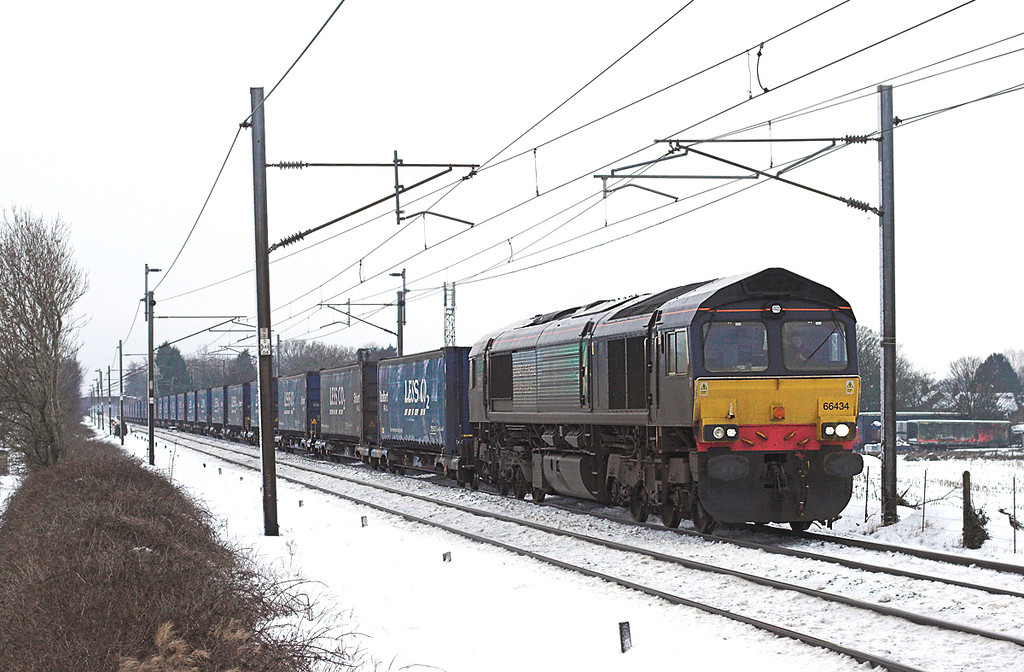 66434 Brock 24/12/2009<br /> 4S43 0612 Daventry-Grangemouth