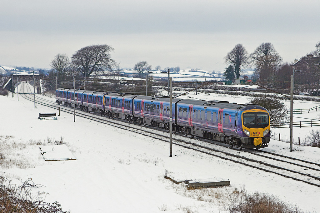 185121 and 185141, Elmsfield 24/12/2009<br /> 1M94 1010 Glasgow Central / 0953 Edinburgh-Manchester Airport