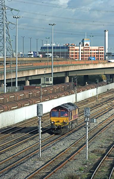 66008 Washwood Heath 26/11/2009<br /> 0Z32 1055 Bescot TMD-Worcester Shrub Hill