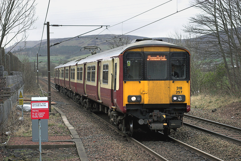 318257 West Kilbride 27/2/2009<br /> 1T08 1153 Largs-Glasgow Central