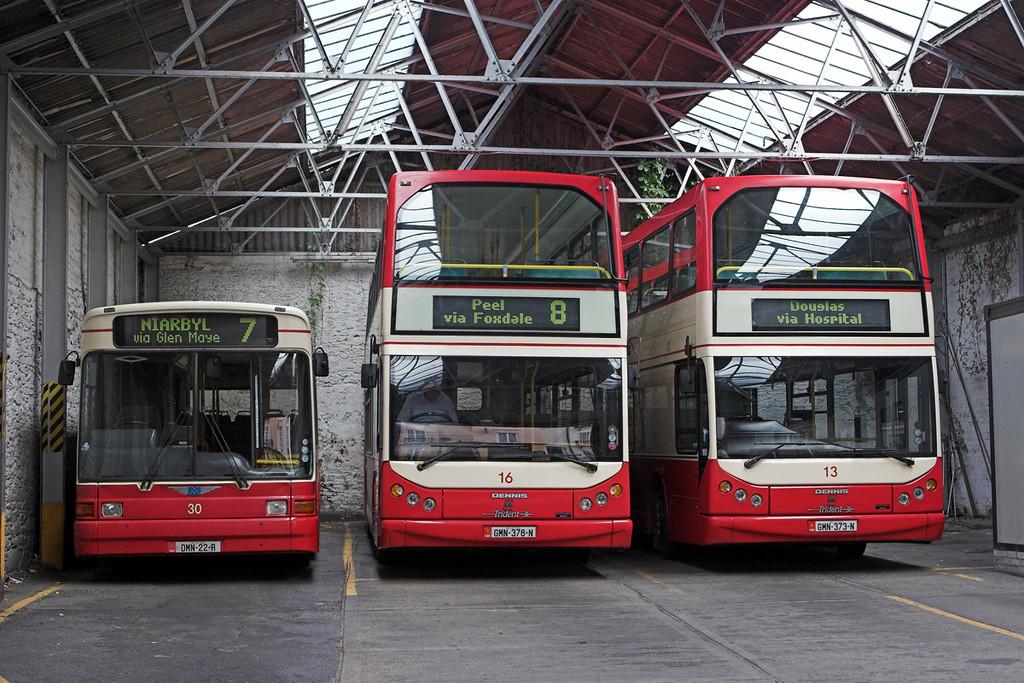 30 DMN22R, 16 GMN376N and 13 GMN373N, Peel 27/5/2009