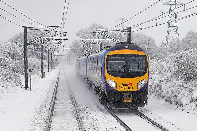 185109 Torphin 2/2/2010<br /> 1M93 0953 Edinburgh-Manchester Airport