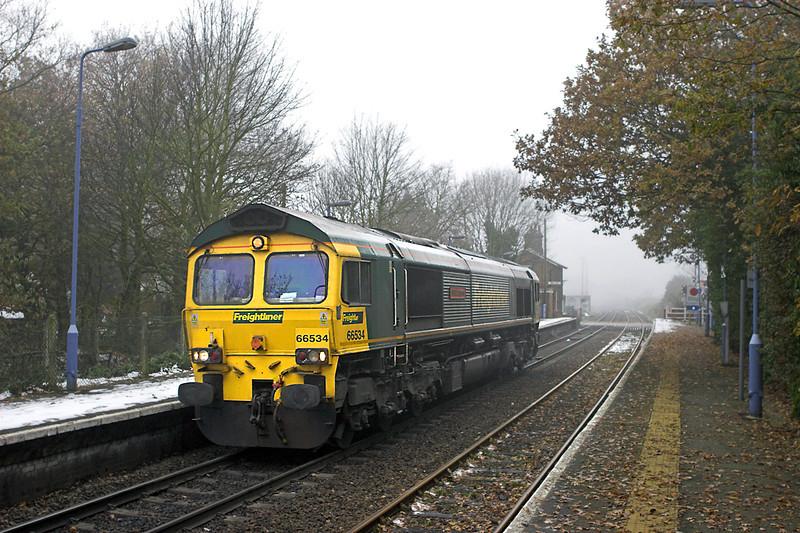 66534 Westerfield 6/12/2010<br /> 0B56 1106 Ipswich Yard-Felixstowe FLT