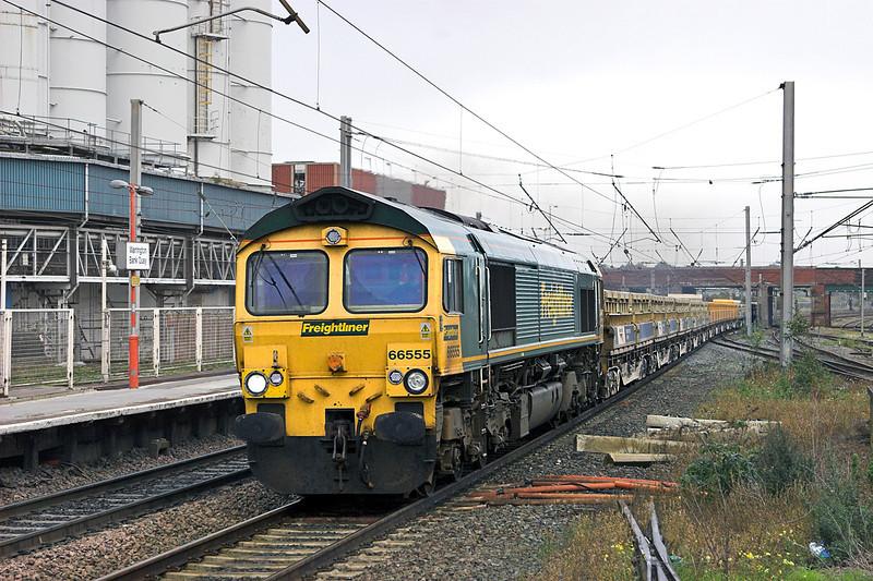 66555 Warrington Bank Quay 7/10/2010<br /> 6Z23 0716 Carlisle Yard-Mountsorrel