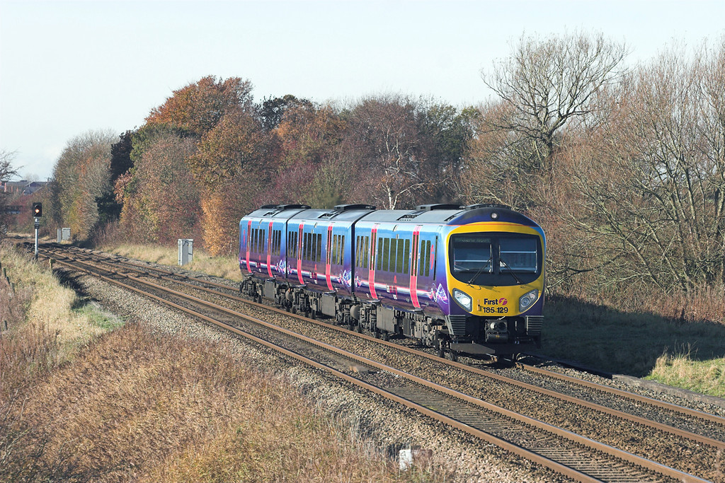 185129 Treales 7/11/2010<br /> 1U63 1141 Blackpool North-Manchester Airport