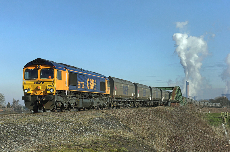 66708 Gowdall 8/3/2010<br /> 4H71 1045 Drax PS-Hull CT