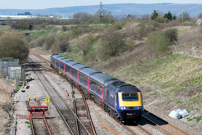 43135 and 43191 Pilning 8/4/2010<br /> 1L60 1255 Cardiff Central-London Paddington