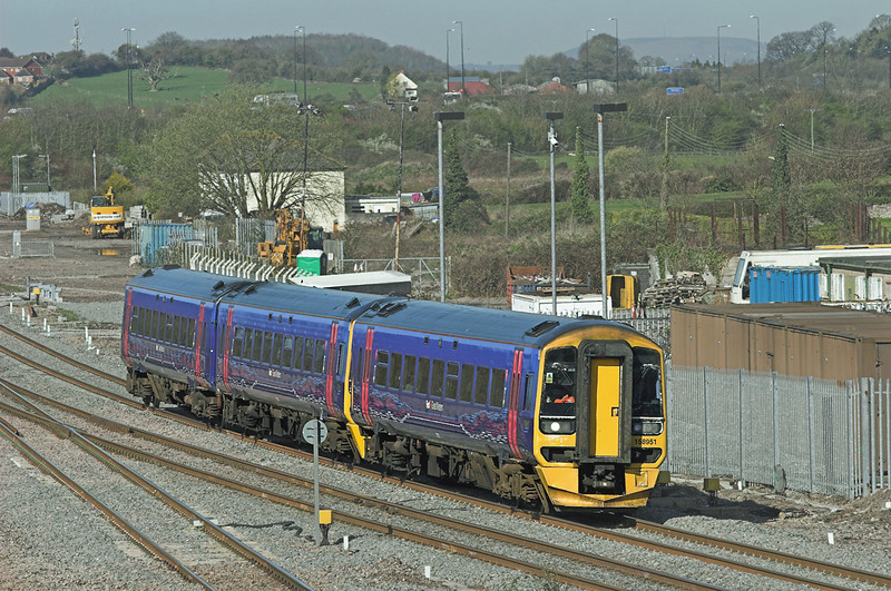158951 Severn Tunnel Junction 8/4/2010<br /> 1F09 0930 Cardiff Central-Portsmouth Harbour