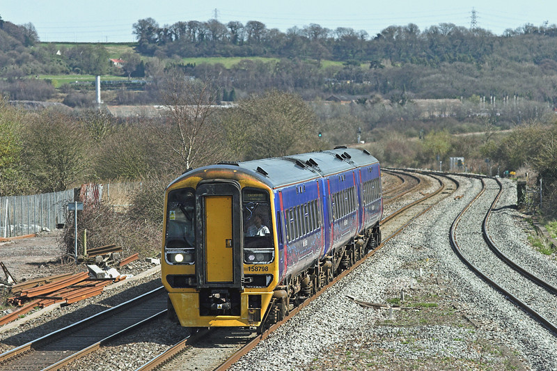 158798 Pilning 8/4/2010<br /> 2U18 1307 Taunton-Cardiff Central