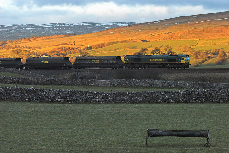 66520 Bullgill 9/2/2010<br /> 6M32 0957 Killoch-Ratcliffe PS