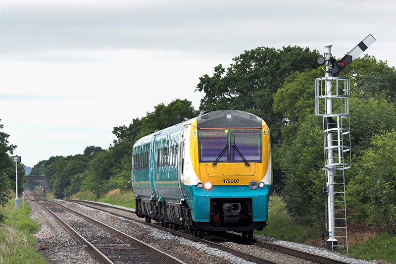 175007 Prees 9/7/2010<br /> 1W13 0550 Carmarthen-Manchester Piccadilly