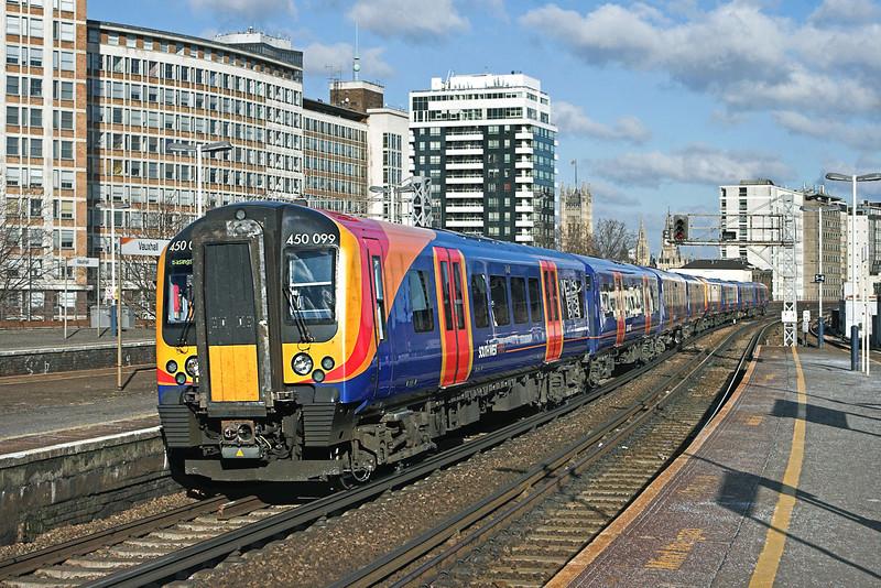 450099 and 450122, Vauxhall 11/2/2010<br /> 2L27 1042 London Waterloo-Basingstoke