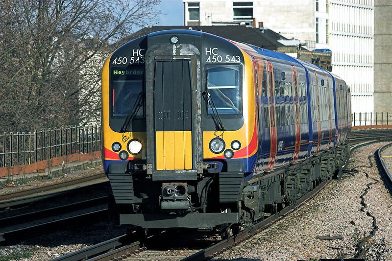 450543 Vauxhall 11/2/2010<br /> 2S25 1022 London Waterloo-Weybridge