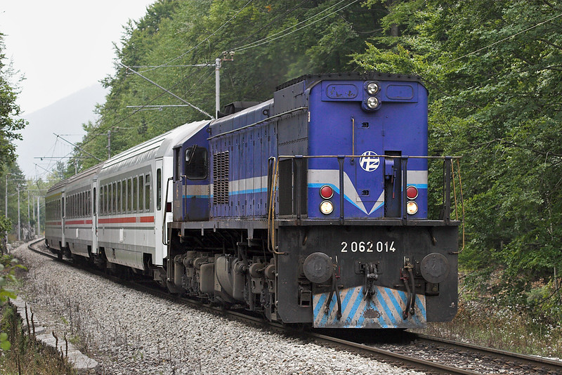 2062 014 Lič 12/9/2010<br /> IC501 1200 Rijeka-Zagreb Gl.kol