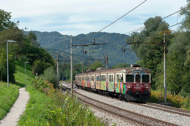 315-226 Jevnica 15/9/2010<br /> LP2223 1220 Ljubljana-Litja