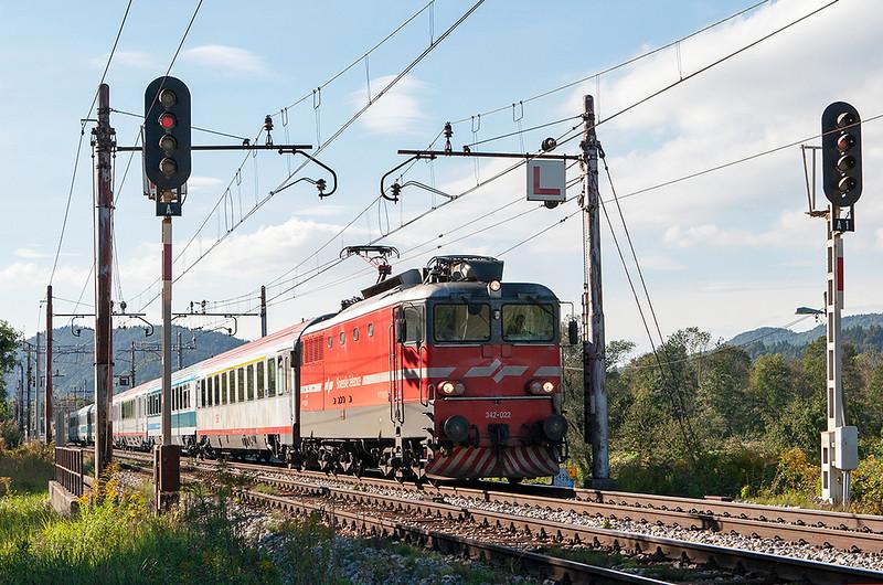 342-022 Laze 15/9/2010<br /> EC150 1600 Ljubljana-Wien Meidling