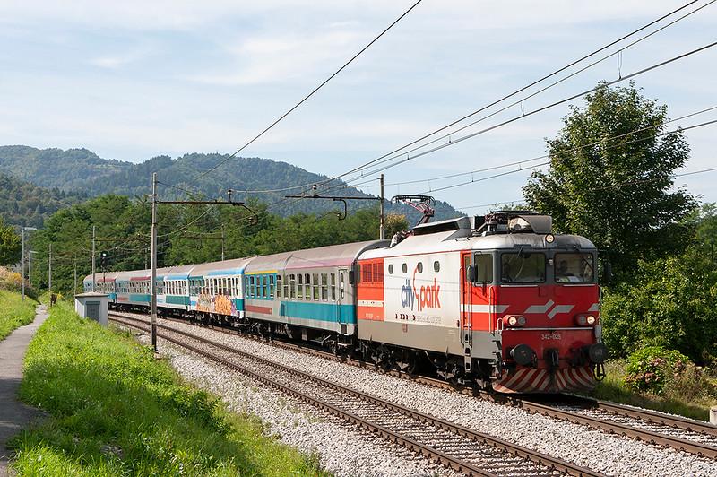 342-025 Jevnica 15/9/2010<br /> LP5000 1250 Ljubljana-Maribor
