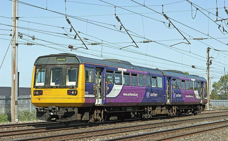 142086 Farington 18/5/2010<br /> 2J48 1020 Blackpool North-Manchester Victoria