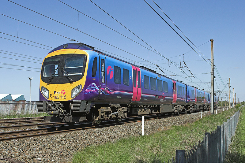185112 Farington 18/5/2010<br /> 1U60 0922 Barrow in Furness-Manchester Airport