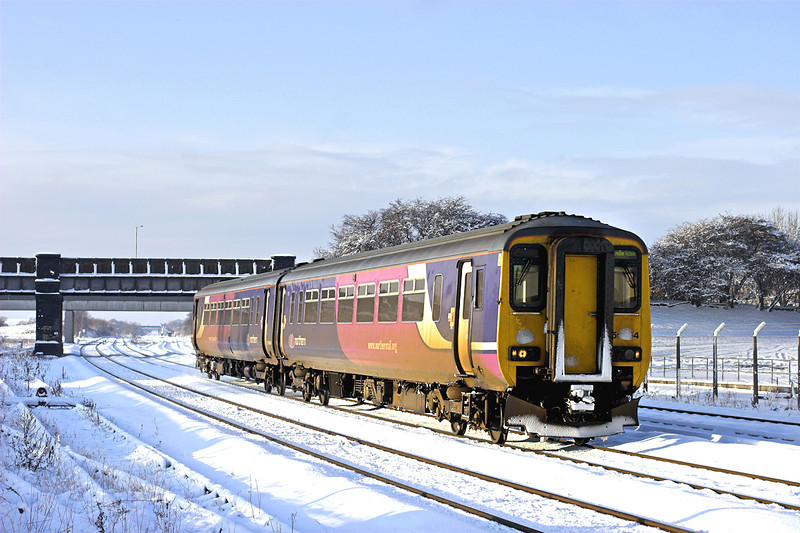 156454 Kirkham and Wesham 18/12/2010<br /> 2J44 1320 Blackpool North-Manchester Victoria