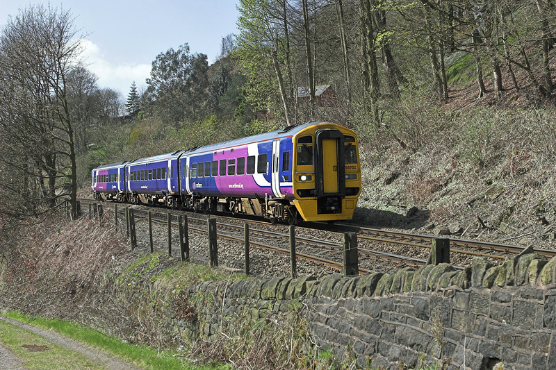 158752 Eastwood 20/4/2010<br /> 1B25 1029 Blackpool North-York
