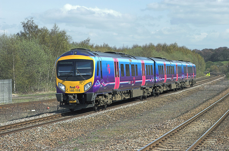 185118 Mirfield 20/4/2010<br /> 1P39 1215 Newcastle-Manchester Airport