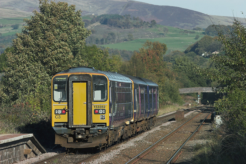 153352 and 150146, Langho 20/10/2010<br /> 2N54 1500 Manchester Victoria-Clitheroe
