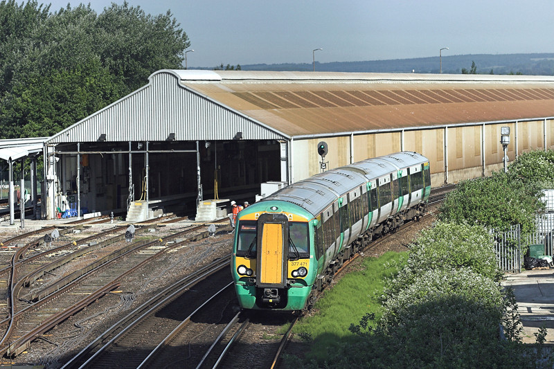 377471 Littlehampton 22/6/2010<br /> 2S54 0803 Portsmouth and Southsea-Littlehampton