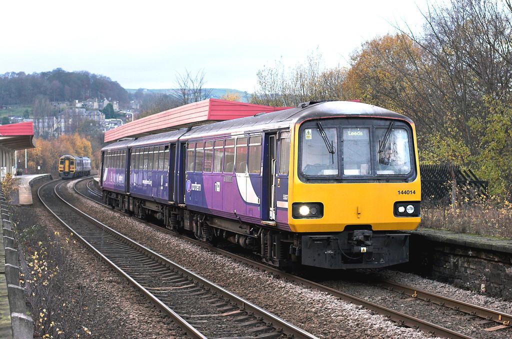 144014 Sowerby Bridge 23/11/2010<br /> 2U15 1400 Manchester Victoria-Leeds