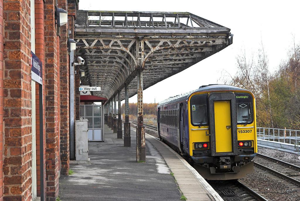 153307 Wakefield Kirkgate 23/11/2010<br /> 2F69 1131 Wakefield Kirkgate-Knottingley