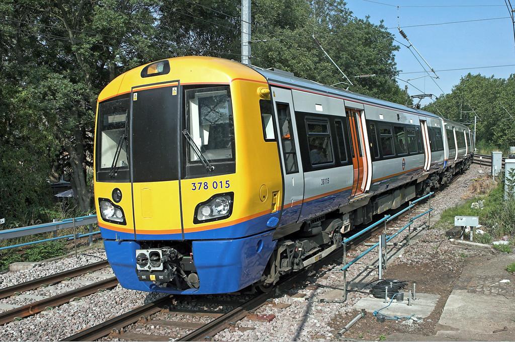378015 Gospel Oak 24/7/2010<br /> 2N26 0827 Richmond-Stratford