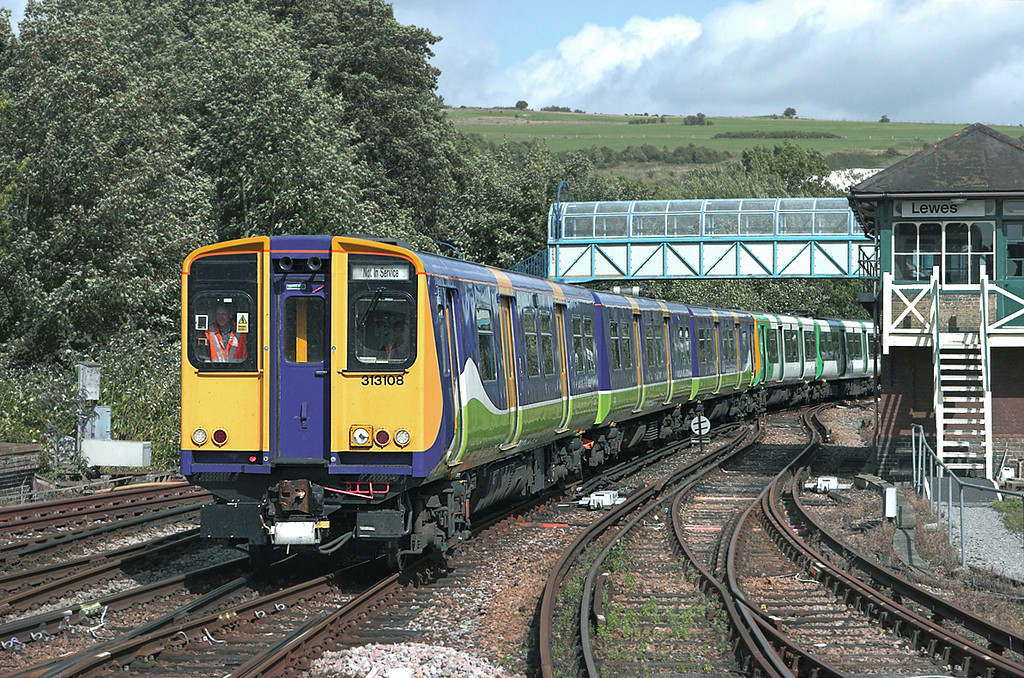 313108 and 313202, Lewes 24/8/2010<br /> 5Z23 1507 Newhaven Marine-Brighton