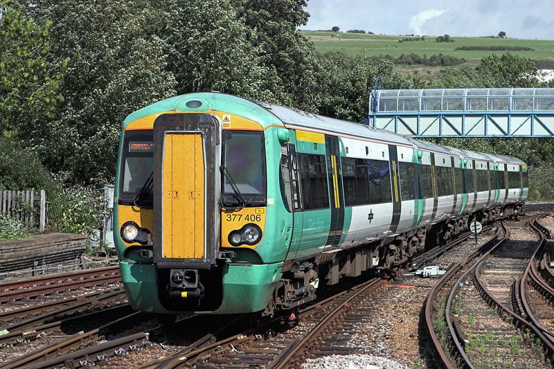 377406 Lewes 24/8/2010<br /> 1F37 1350 Ore-London Victoria
