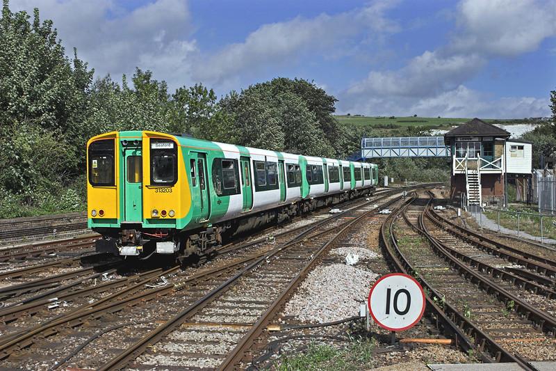 313203 Lewes 24/8/2010<br /> 2F71 1440 Brighton-Seaford