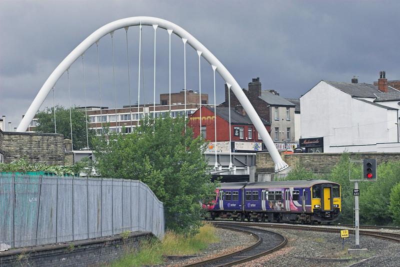 150270 Bolton 29/7/2010<br /> 2J40 1620 Blackpool North-Manchester Victoria