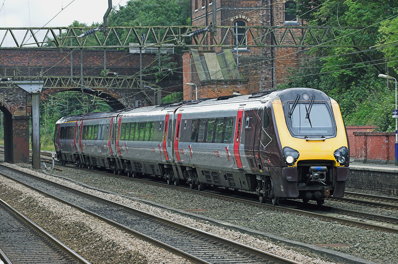 220006 Heaton Chapel 29/7/2010<br /> 1M29 0701 Paignton-Manchester Piccadilly
