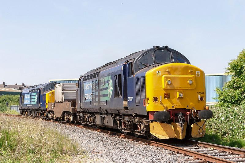 37667 and 37059, Morecambe 30/6/2010<br /> 6C51 1258 Sellafield-Heysham PS