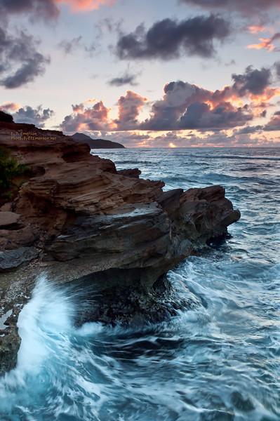 Hawaii, Kauai, Makewehi Lithified Cliffs