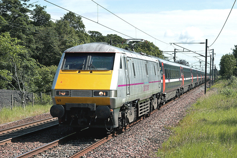 91107 Longniddry 1/7/2011<br /> 1S05 0700 London Kings Cross-Edinburgh