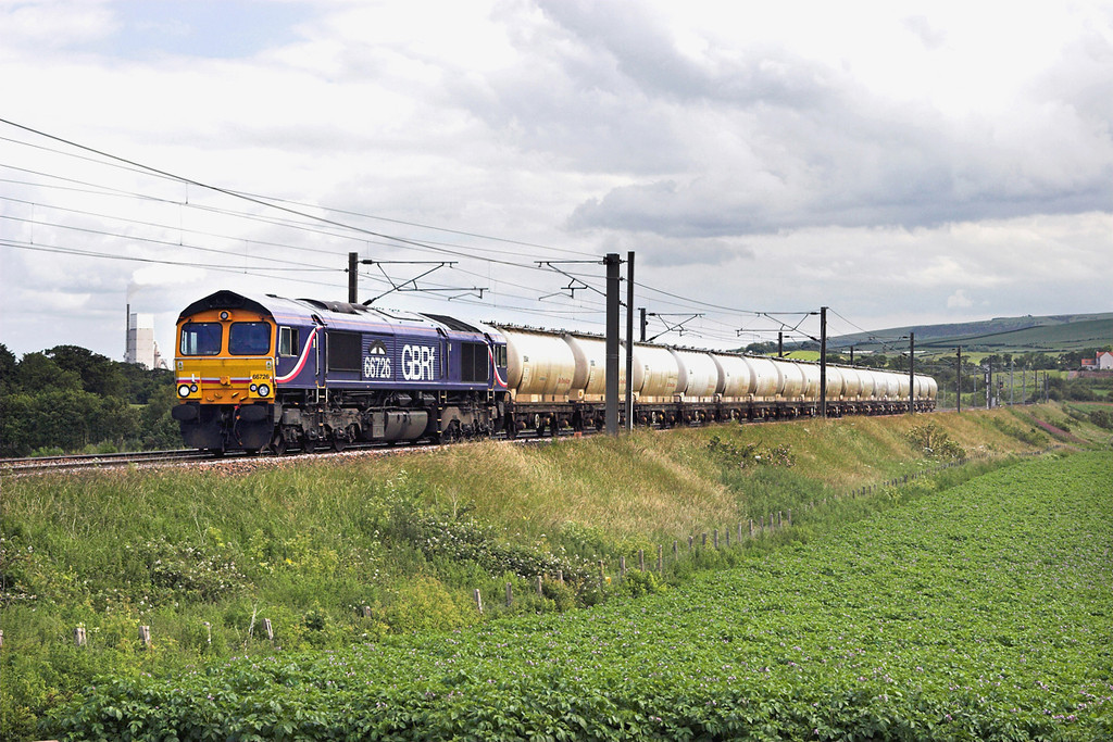 66726 Dunbar 1/7/2011<br /> 6S45 1132 North Blyth-Fort William