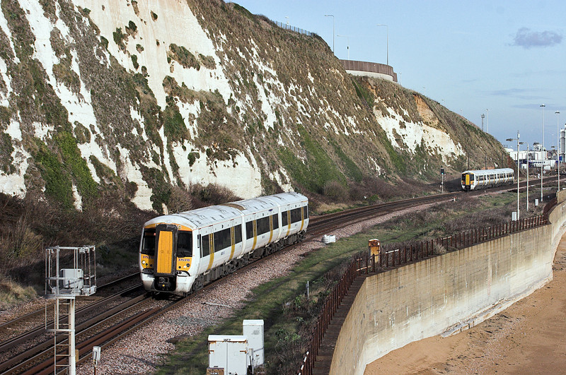 375310 and 375805, Shakespeare Cliff 2/12/2011<br /> 375310: 2W44 1324 Dover Priory-London Charing Cross<br /> 375805: 2R32 1142 London Charing Cross-Ramsgate