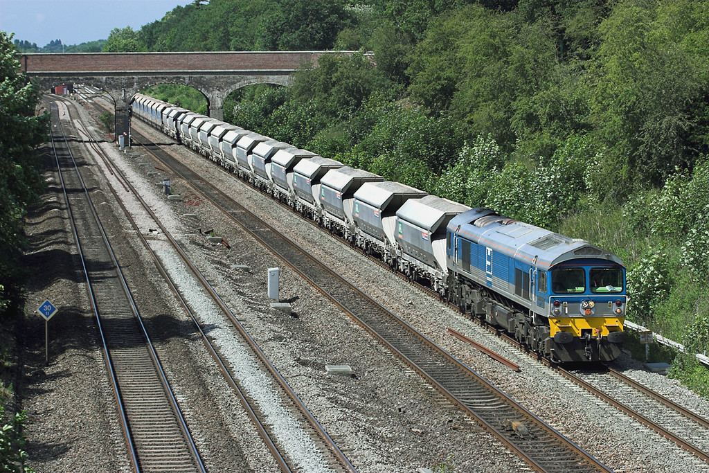 59002 Ruscombe 3/6/2011<br /> 7A09 0712 Merehead-Acton Yard
