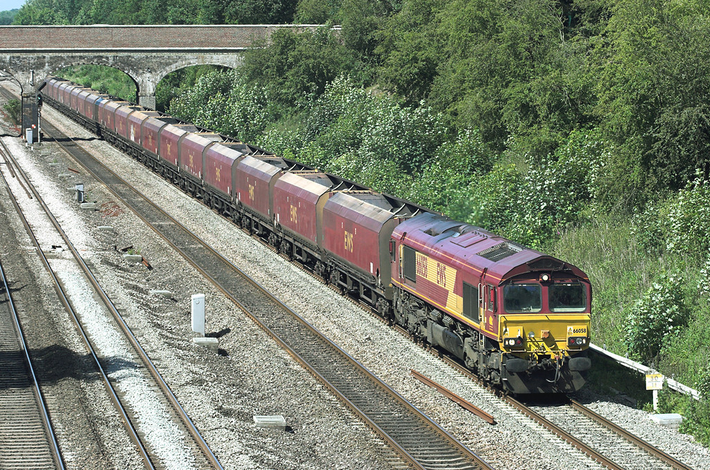 66058 Ruscombe 3/6/2011<br /> 4L36 0955 Didcot-Ripple Lane