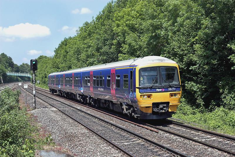 165117 Tilehurst 3/6/2011<br /> 2P48 1137 Oxford-London Paddington
