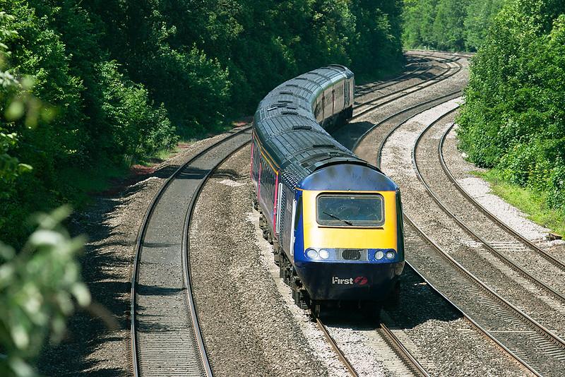 43174 and 43086, Tilehurst 3/6/2011<br /> 1A16 0741 Penzance-London Paddington