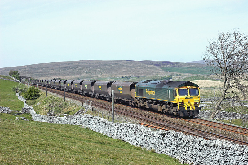 66519 Selside Shaw 4/5/2011<br /> 6Z68 0702 Killoch-Drax PS