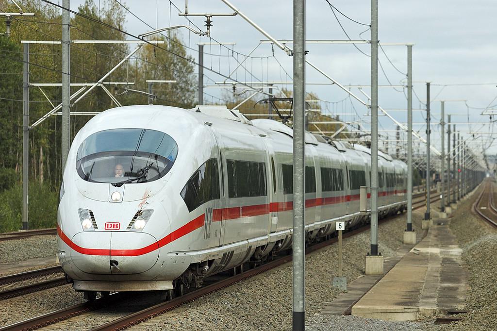 4603 Erps-Kwerps 5/10/2011<br /> ICE14 1416 Frankfurt (Main) Hbf-Bruxelles Midi