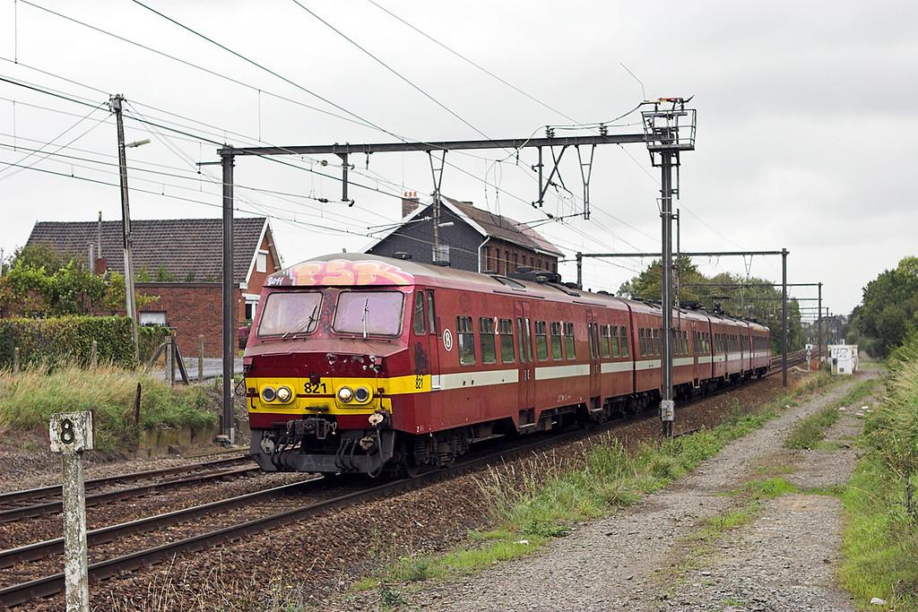 821 Barine-Le-Comte 5/10/2011<br /> IR3933 1151 Louvain La Neuve Uni-Binche