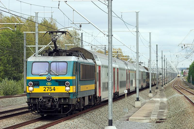 2754 Erps-Kwerps 5/10/2011<br /> IC1538 1539 Tongeren-Knokke/Blankenberge