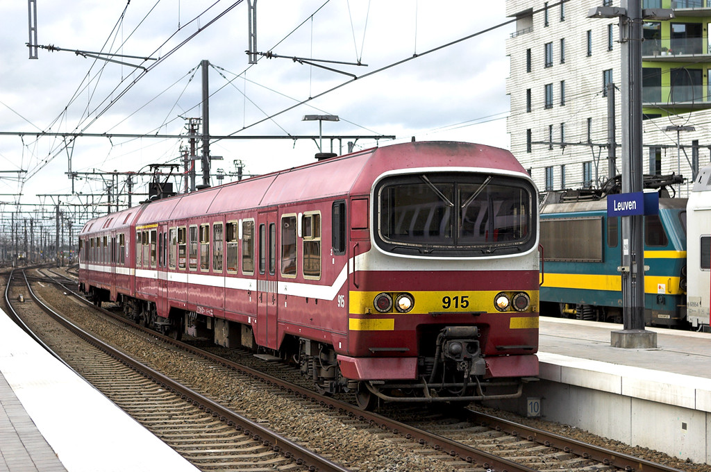 915 Leuven 5/10/2011<br /> IR4219 1739 Bruxelles Nat Aèroport-Leuven